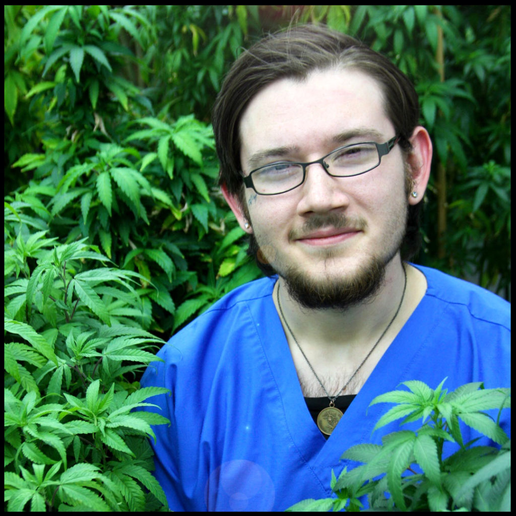 micah-meet-our-buds-budtenders-at-Tucson-saints